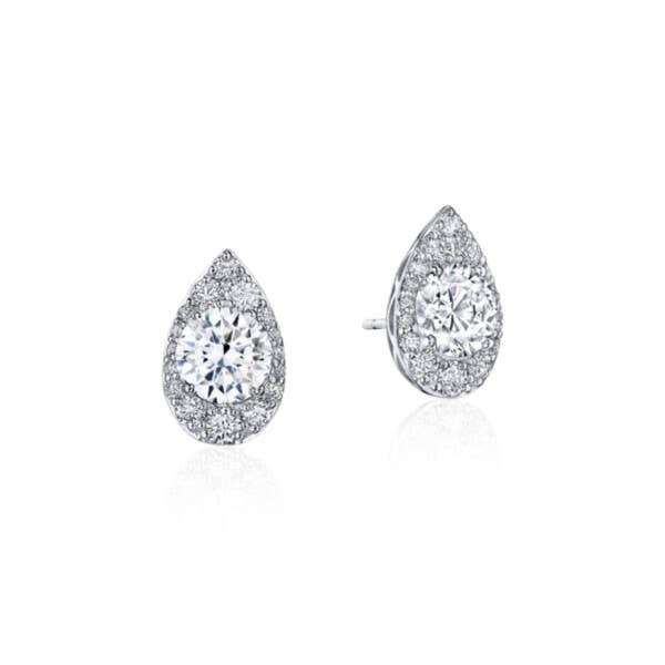 Pear Bloom Diamond Earring