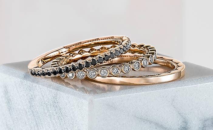 rose-gold-wedding-bands