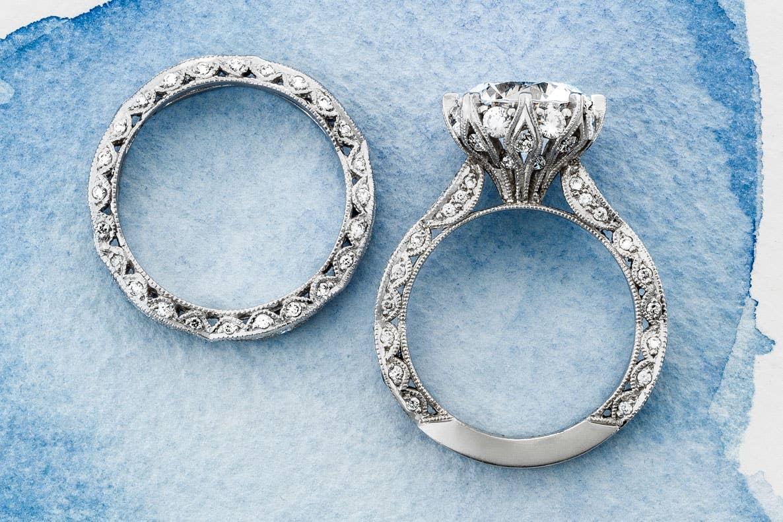 Close up of Tacori's RoyalT bridal rings in Platinum