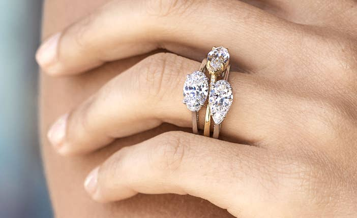 collectionspage_engagementringtrend_image_d_1