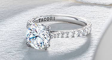 header_royalt-engagement-rings_m